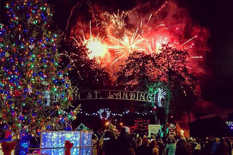 Sicamous Christmas Parade & Light Up